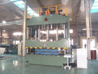 Four Columns Hydraulic Press for Metal Pressing (Y32-400t)