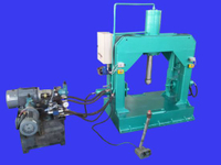 High Mast Assembly &Straightening Machine